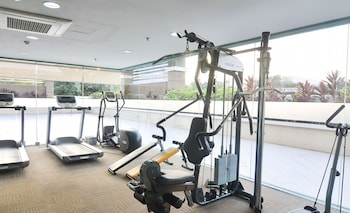 HOME SOLUTIONS IN PADGETT PLACE Gym