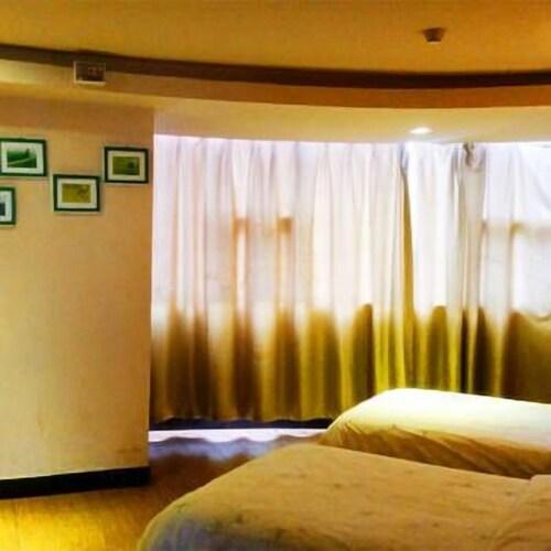 Golden Kintel Hotel, Ji'an
