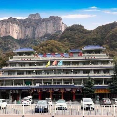 Baligou Hotel, Xinxiang