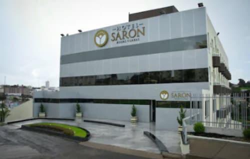 . Hotel Saron