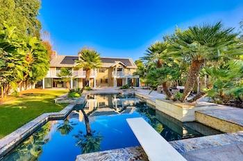 5BDRM Villa Via Mil Cumbres