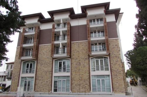 . Guntur Park Otel