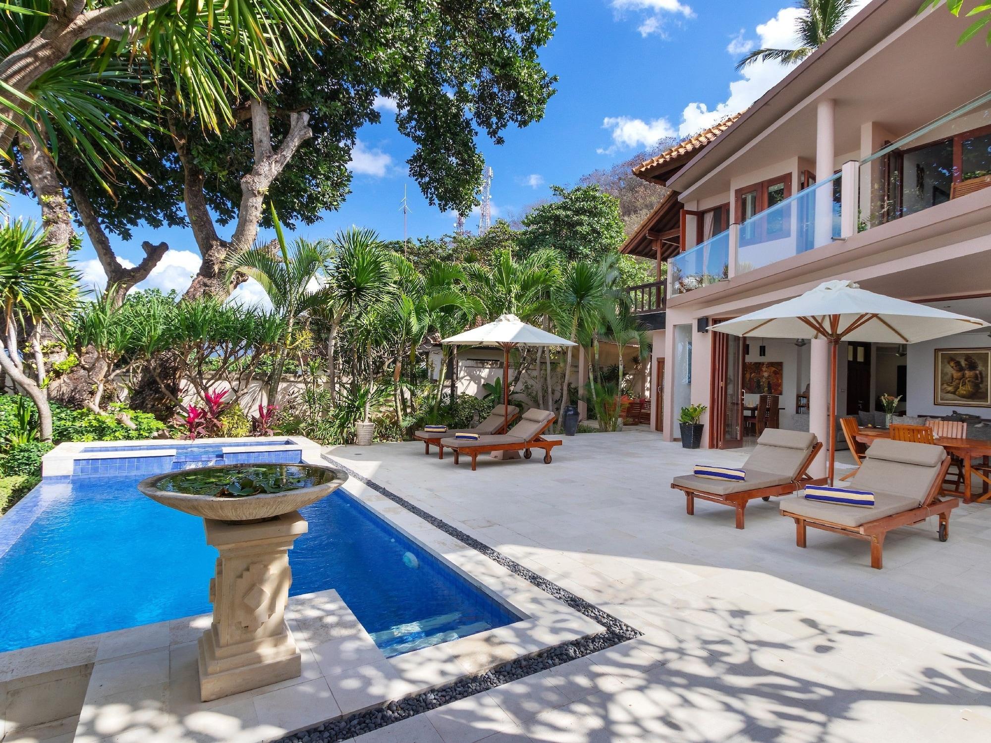 Villa Pantai, Karangasem