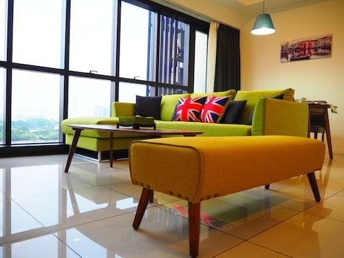 Modern Duplex at M-City KLCC, Kuala Lumpur