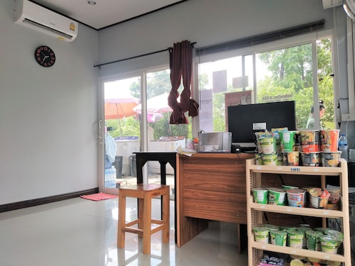 Rossarin Garden Resort 2, Kaeng Khoi