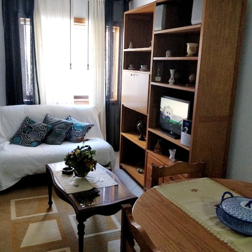 Apartment With one Bedroom in Ovar, With Wonderful City View and Enclo, Ovar