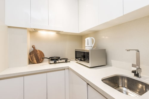 Modern Studio Close to Sydney Uni and Hospital, Marrickville