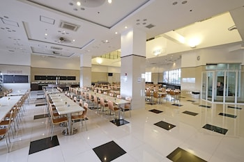TOYOKO INN CEBU Breakfast Area