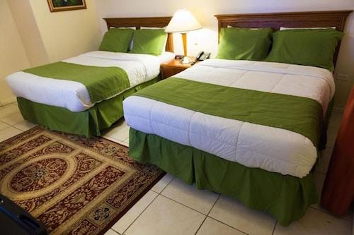 Grand Coastal Hotel, La Bonne Intention / Better Hope