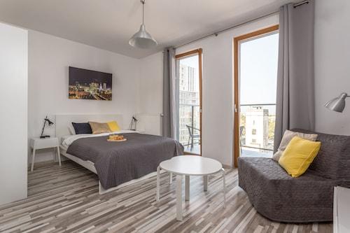 . Warsaw Kasprzaka ApartHotel