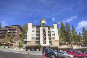 Skier's Dream Condo Sleeps 6 2 Bedrooms 2 Bathrooms Condo