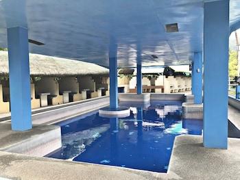 AGUA CALIENTE HOT SPRING RESORT AND HOTEL Indoor Pool