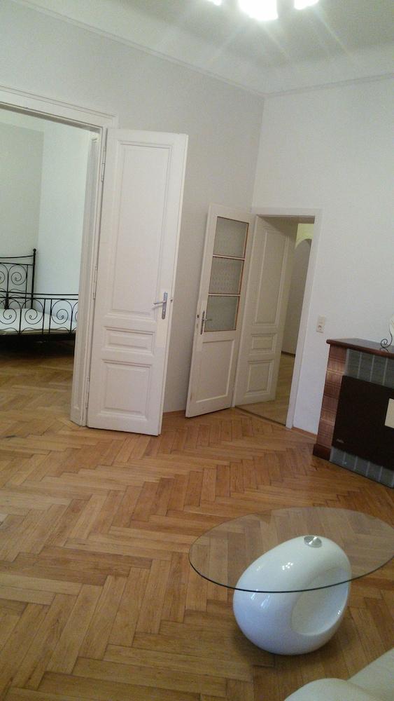 Sobieski City Apartment 9