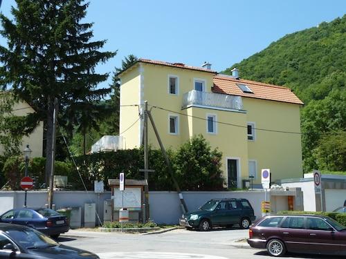 . Sobieski Apartments Vienna