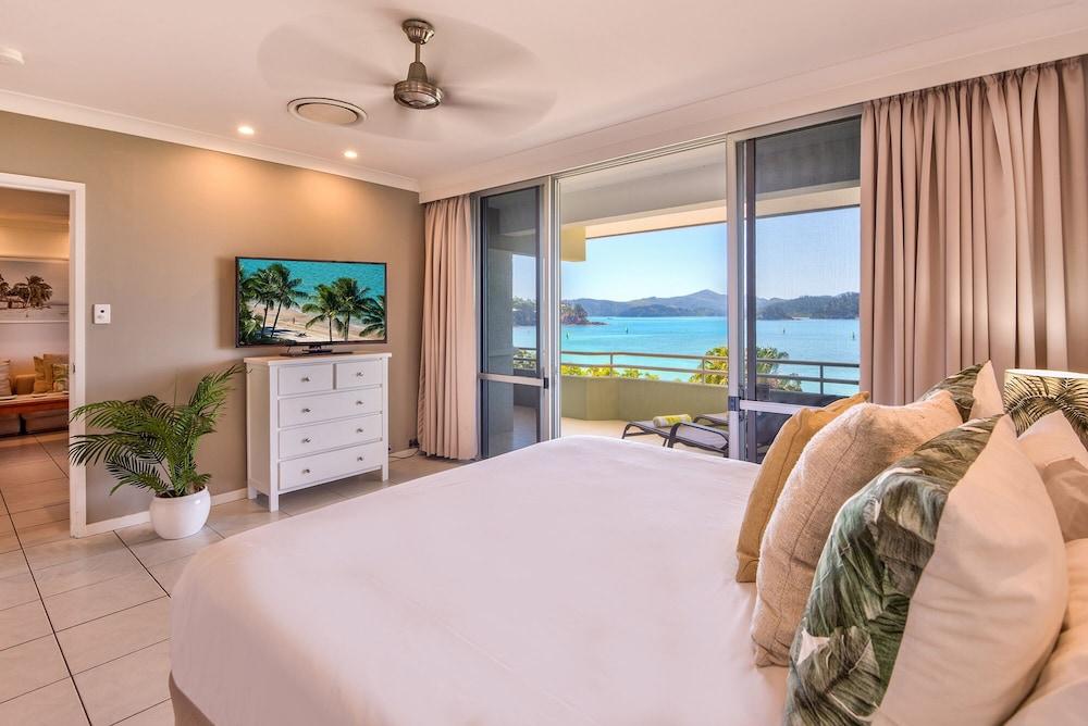 https://i.travelapi.com/hotels/30000000/29340000/29336300/29336280/f7c636ae_z.jpg