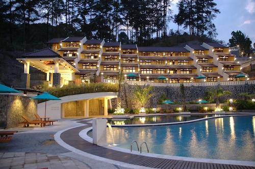 . Pines Garden Resort