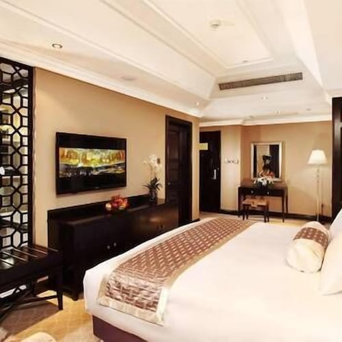 Royal Hotel, Anshan