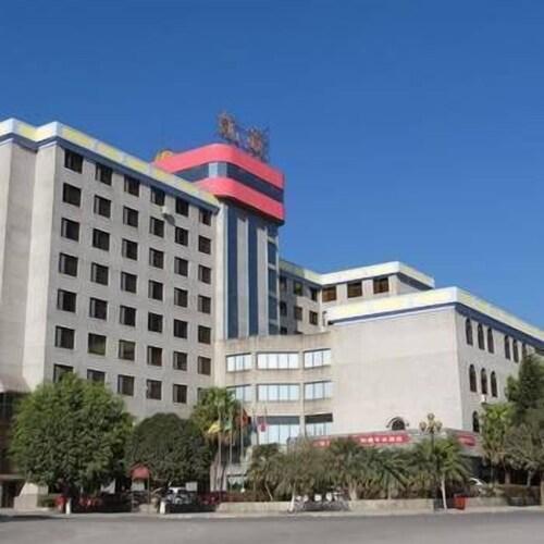Xinkaitong Hotel Ruili, Dehong Dai and Jingpo