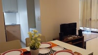 1 BEDROOM CONDO AT ONE PACIFIC RESIDENCE
