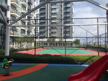 1 BEDROOM CONDO AT ONE PACIFIC RESIDENCE Sport Court