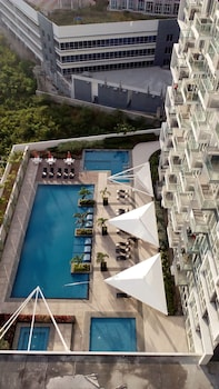1 BEDROOM CONDO AT ONE PACIFIC RESIDENCE Property Grounds