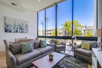Luxury San Diego Loft wParking