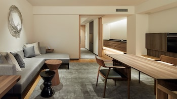 THE THOUSAND KYOTO Room