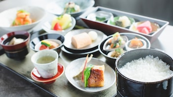 THE THOUSAND KYOTO Breakfast Meal