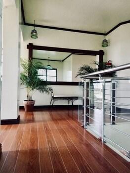 SARAH BED & BREAKFAST Hallway