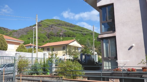. Etna Holiday Home