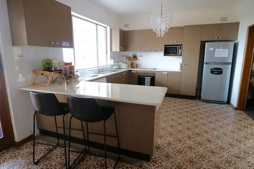 Sydney airport Forest Rd Casual Stay, Rockdale