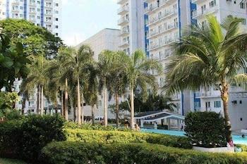 OLI'S PLACE Property Grounds