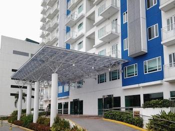 OLI'S PLACE Property Entrance