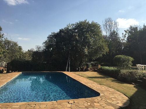2 Bedroom Executive & Holiday Suburban Home, Harare