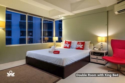 ZEN Premium near Rockwell Makati, Makati City