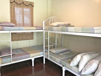 JENMAC'S RESORT Room