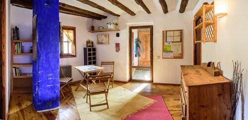 Casa Marina, Huesca