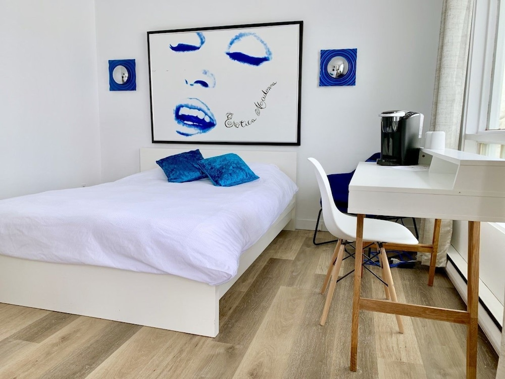 M Motel & Suites
