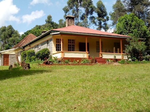 Crestwood Country House, Limuru