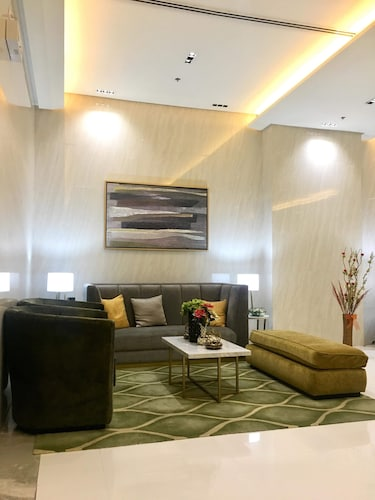 101 Newport Condo Across the Airport, Pasay City