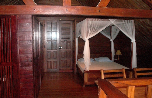 House With 4 Bedrooms in Toamasina, With Terrace - 200 m From the Beac, Atsinanana