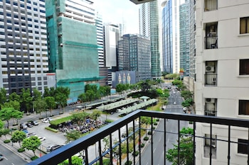 FORBESWOOD HEIGHTS 2BR BY STAYS PH View from Property
