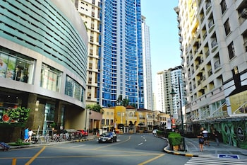 BELLAGIO TOWERS BY STAYS PH View from Property