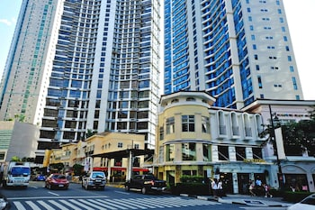 BELLAGIO TOWERS BY STAYS PH Exterior