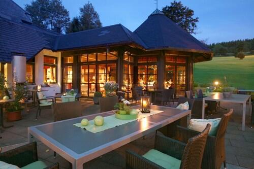 . Wellness Golf und Weinhotel zum Ochsen