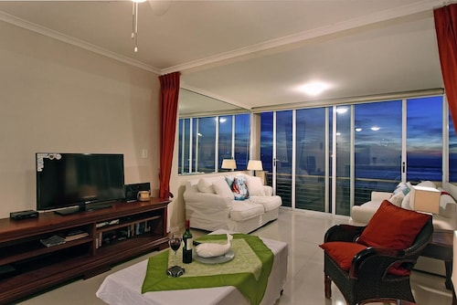 Leisure Bay 207, City of Cape Town