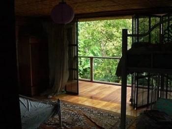 ISLE OF VIEW Room