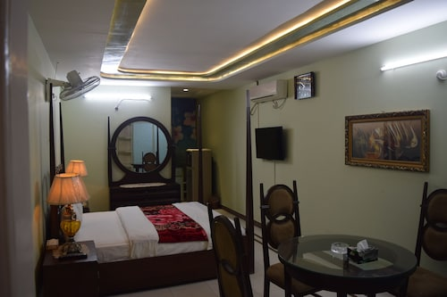 . Raywal Executive Suites