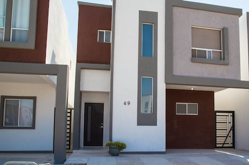 Beautiful New Home Near The US Consulate, Juárez