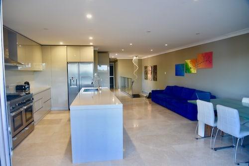 Croydon Park Home, Burwood